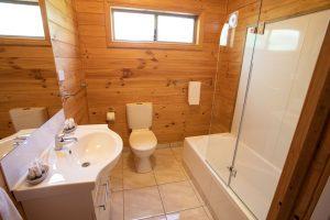 Kookaburra Cottage Bathroom