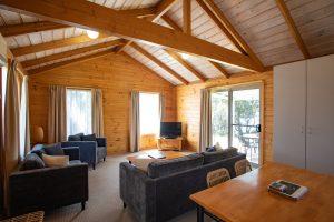 Kookaburra Cottage Lounge Room & Dining Room